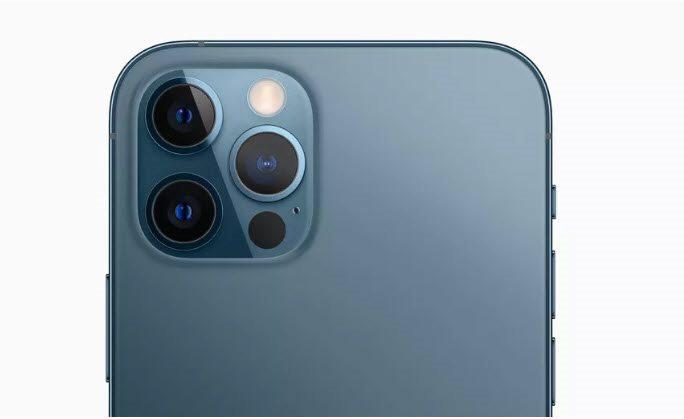 iphone-12-mini-smartphone-5g-nho-mong-nhe-nhat_321.jpg