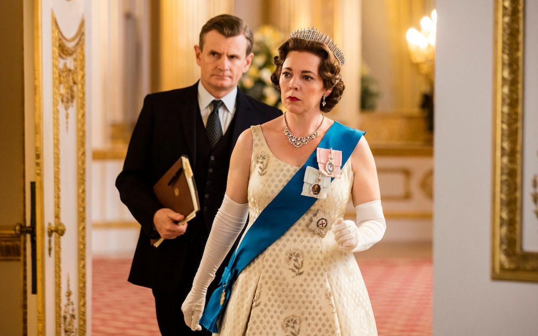 The Crown – Loạt phim gây tranh cãi của Netflix