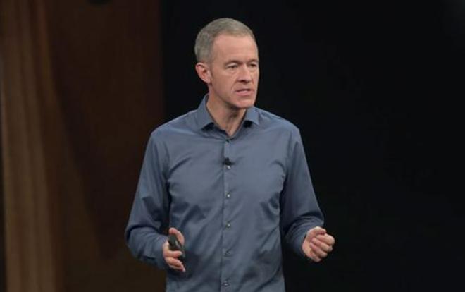 Đây là nhân vật số 2 ở Apple: Mức lương đã vượt cả Tim Cook, được dự đoán sẽ trở thành CEO kế nhiệm - Ảnh 1.