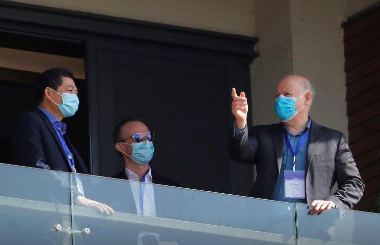 chuyen-gia-nguoi-viet-cung-phai-doan-who-gap-bac-si-dau-tien-bao-cao-cororonavirus-o-vu-han.jpg