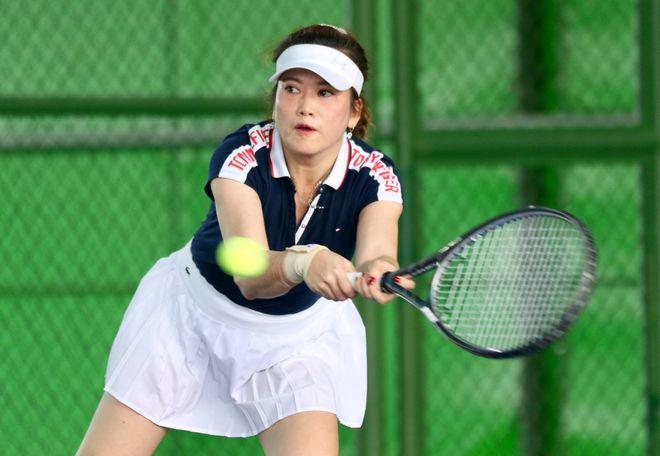 Hào hứng giải quần vợt giao lưu đồng hành cùng Vòng chung kết U.19 - ảnh 4