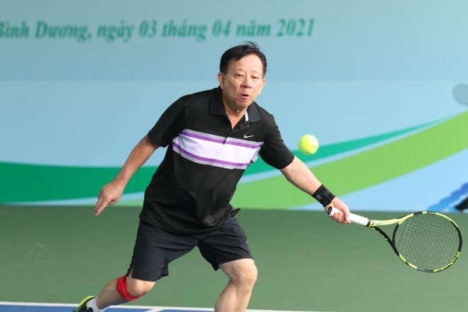 Hào hứng giải quần vợt giao lưu đồng hành cùng Vòng chung kết U.19 - ảnh 5