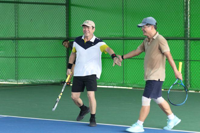 Hào hứng giải quần vợt giao lưu đồng hành cùng Vòng chung kết U.19 - ảnh 13