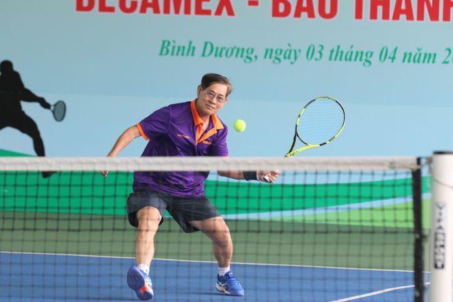 Hào hứng giải quần vợt giao lưu đồng hành cùng Vòng chung kết U.19 - ảnh 3