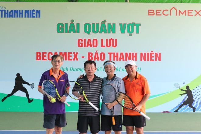 Hào hứng giải quần vợt giao lưu đồng hành cùng Vòng chung kết U.19 - ảnh 10