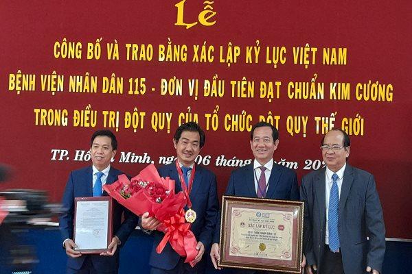 benh-vien-nhan-dan-115-lap-ky-luc-ve-chuan-kim-cuong-trong-dieu-tri-dot-quy-hinh-anh(1).png