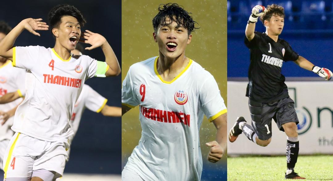 Từ trái sang, Lý Đức, Quốc Việt, Hoàng An là 3 cầu thủ xuất sắc của U.19 Nutifood /// Khả Hòa