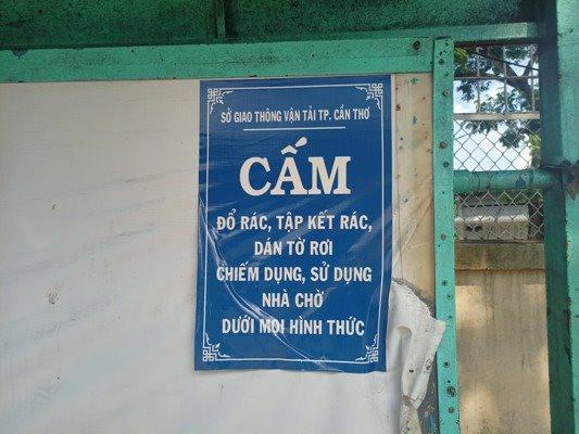 a2-mac-du-da-co-bang-cam-nhung-duong-nhu-van-la-vo-nghia.jpg