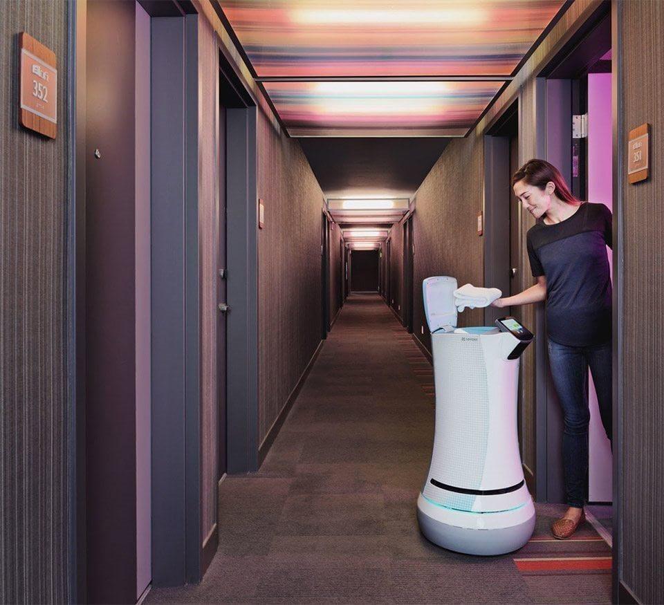 botlr-service-robot-at-aloft-cupertino.jpg