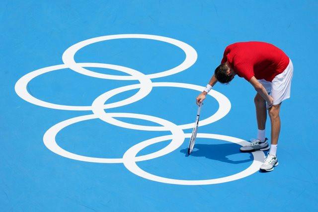 cac-vdv-olympic-vat-lon-voi-thoi-tiet-dang-so-o-tokyo11.jpg