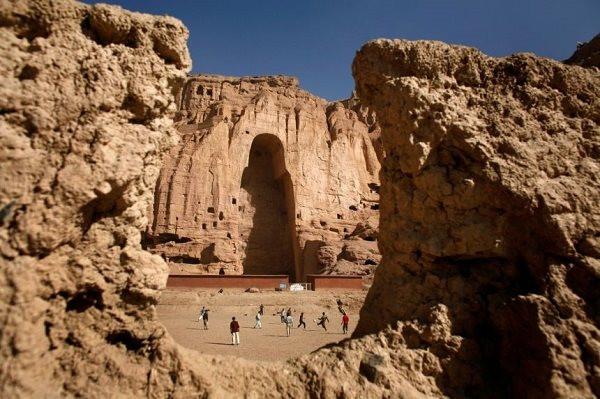 dirk_bamiyan_100921.jpg