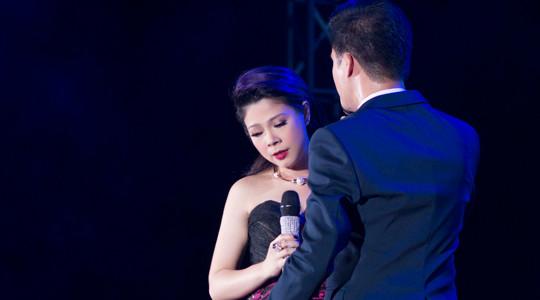Thanh Thảo rơi nước mắt trên sân khấu vì 'tình cũ' Quang Dũng