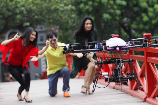 Chơi Flycam phải theo luật