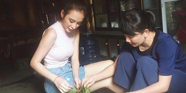 Angela Phương Trinh cùng NSƯT Mỹ Uyên bỏ phố lên rừng sống như người dân tộc