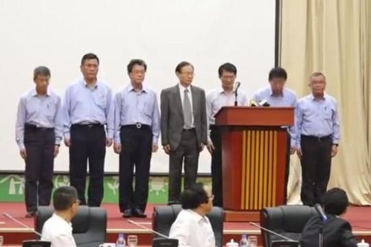 Clip lãnh đạo Formosa Hà Tĩnh cúi đầu xin lỗi người dân Việt Nam