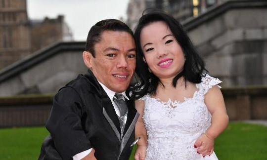 Chuyện tình lãng mạn của cặp vợ chồng lùn nhất thế giới