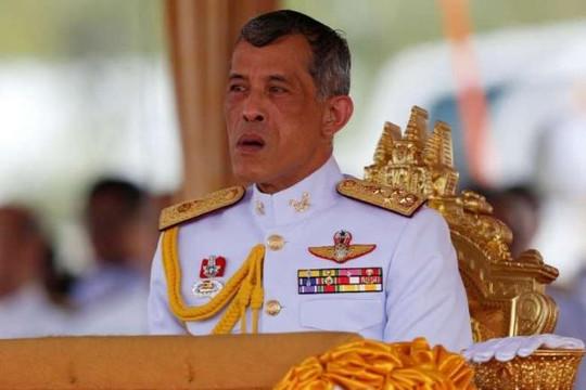 Sinh viên Thái bị bắt do chia sẻ bài 'nói xấu' Quốc vương mới trên Facebook