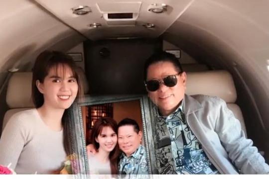 Tỷ phú Hoàng Kiều chia sẻ clip tình tứ bên Ngọc Trinh, CSGT kéo người bỏ chạy té xe