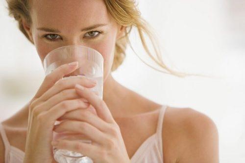 Uống nước như thế nào để vừa giảm cân, đẹp da lại tốt cho sức khỏe?