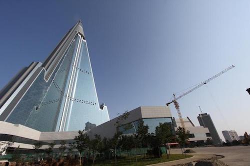 Bí ẩn của khách sạn 105 tầng chưa từng đón khách ở Triều Tiên