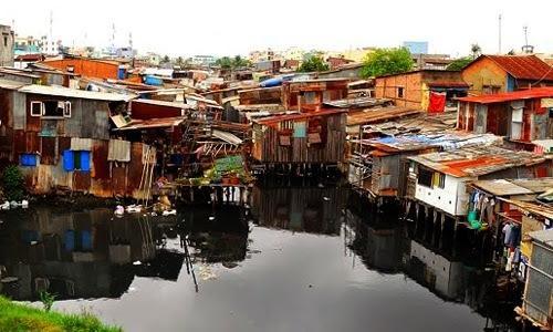 TP.HCM sắp ban hành quy định về quản lý, sử dụng hành lang bờ sông, kênh rạch