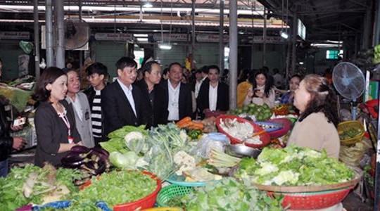 Đà Nẵng: Năm 2017 kiểm soát an toàn thực phẩm 100% các chợ