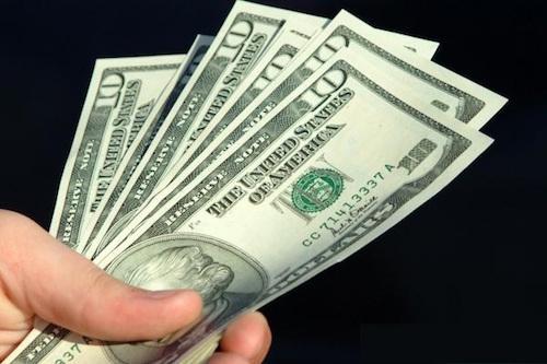 24.2: Giá USD giảm nhanh, giá vàng 'lình xình'