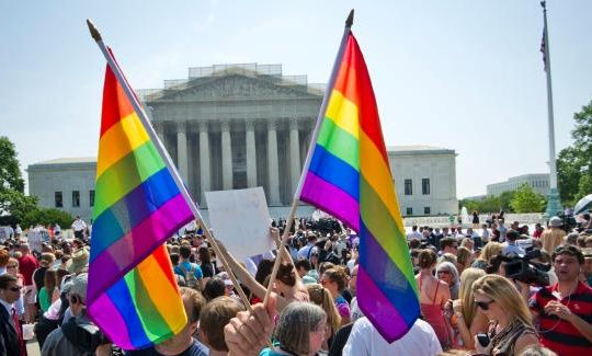 Hợp pháp hóa hôn nhân đồng giới giúp giảm tự sát