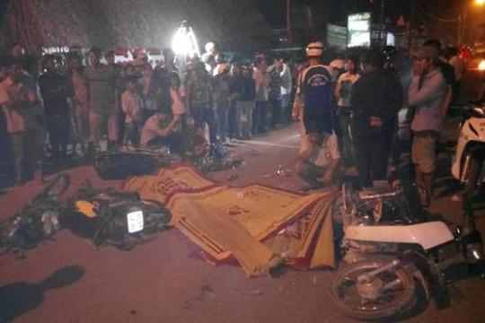Xe ben tông 4 xe máy, một phụ nữ mang thai và một học sinh tử vong