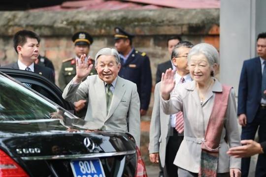 Sức khỏe 'ít người bì kịp' của Đức vua và Hoàng hậu Nhật Bản