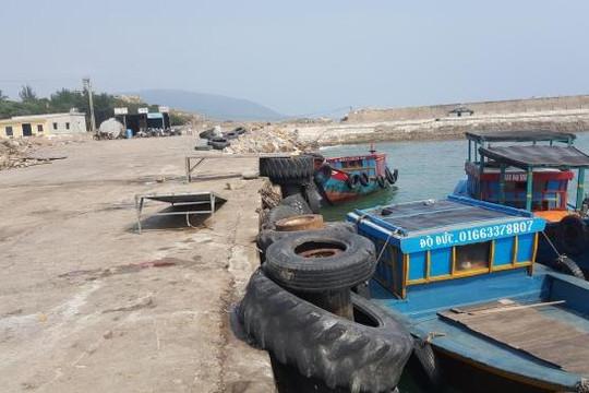 Cảng cá lậu ở tuyến phòng thủ Hòn La:  Chính quyền 'thất thủ' trước thế  lực giang hồ?