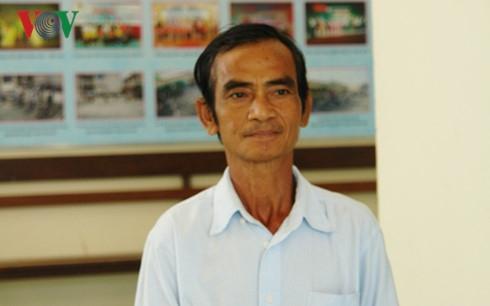 Ông Huỳnh Văn Nén đến tòa hỏi hơn 10 tỷ tiền bồi thường chưa được trả