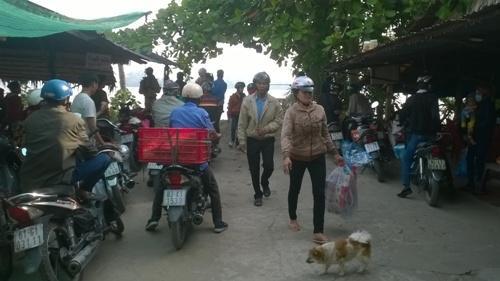 Sở Giao thông-Vận tải Trà Vinh 'làm khó' hàng ngàn khách đi phà