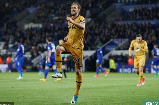 'Đốt lưới' Leicester 4 lần, Kane vươn lên dẫn đầu cuộc đua Vua phá lưới Ngoại hạng Anh