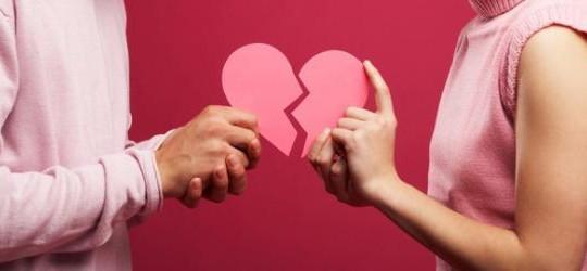 Facebook là thủ phạm trong 20% các vụ ly hôn