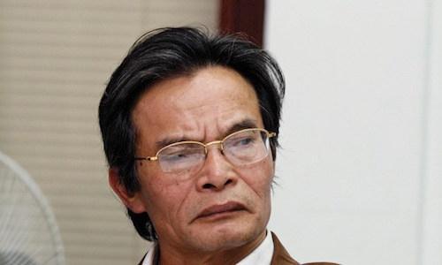 Phạt chuyên gia kinh tế Lê Xuân Nghĩa vì 'bán chui' quyền mua cổ phiếu