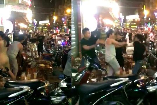 Lý do diễn viên Phạm Anh Tuấn và bạn bị nhân viên quán ở Sài Gòn rượt đánh