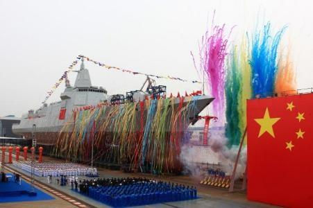 Trung Quốc ra mắt tàu chiến tự sản xuất đầu tiên