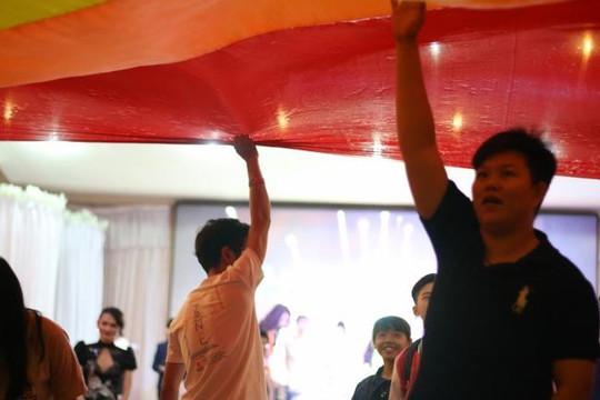 Rộn ràng ngày hội tự hào đồng tính tại Cần Thơ