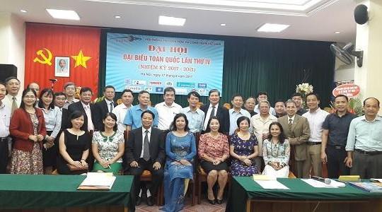 TS Nguyễn Văn Lạng tiếp tục giữ chức Chủ tịch Hội Thông tin KH&CN Việt Nam