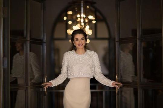 Ngắm hoàng hậu xứ Jordan, biểu tượng thời trang thế giới