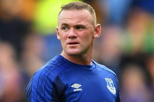 Rooney về Everton: Tuần trăng mật ngắn ngủi