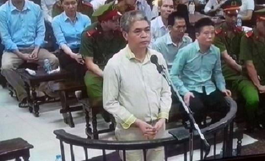 Văn bản chỉ đạo PVN hợp tác với OceanBank của ông Đinh La Thăng được trưng ra ở tòa