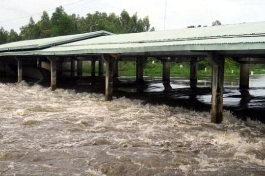 An Giang: Xả các đập Tha La và Trà Sư để giảm áp lực nước đổ từ thượng nguồn