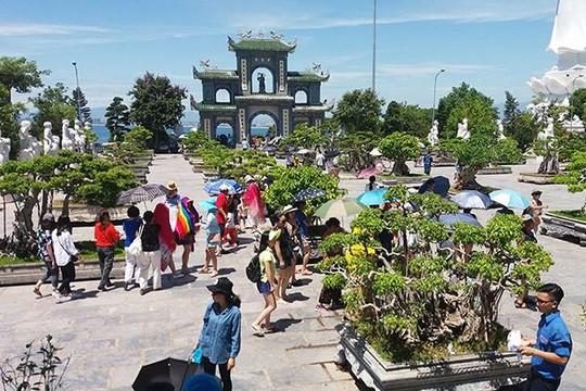HDV chui người TQ 'tung hoành' ở Đà Nẵng