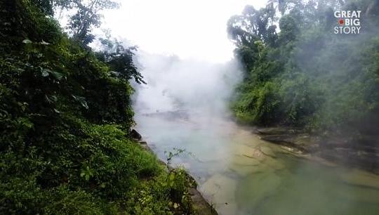 Độc đáo dòng sông sôi sùng sục ở Amazon