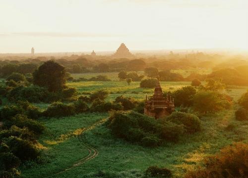 Cuộc 'đuổi bắt' hoàng hôn và bình minh ở Bagan