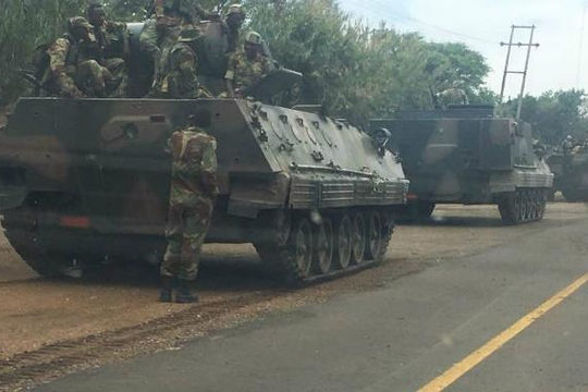 Quân đội Zimbabwe đảo chính, chiếm đài phát thanh quốc gia