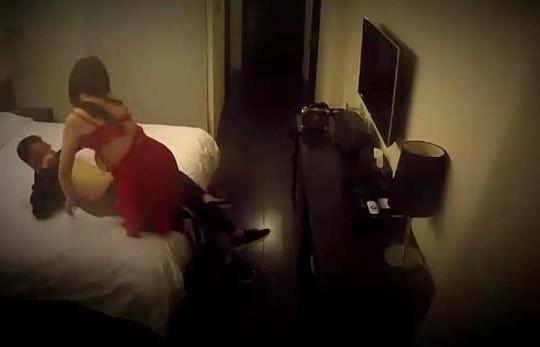 Đưa vợ vào khách sạn gạ tình, tống tiền trúng đại ca giang hồ và cái kết đắng