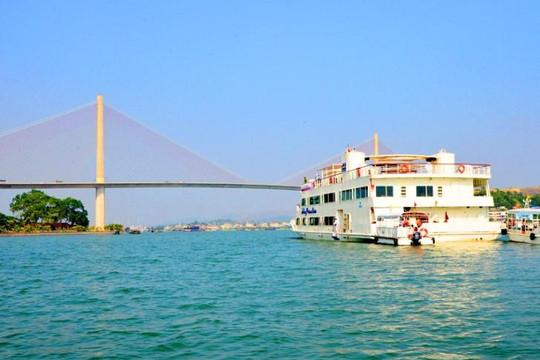 Quảng Ninh sẽ xuất bản 10.000 tấm bản đồ phục vụ xúc tiến quảng bá du lịch